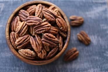 אגוזי פקאן מתובלים